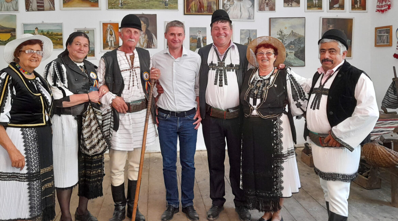 Ancient popular celebrations and beliefs in a small village near Petroșani, Transylvania
